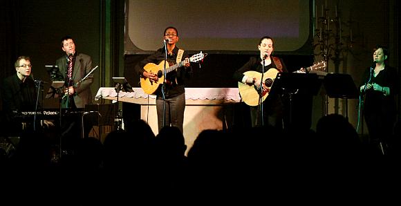 jo-boyce-friends-concert-580px